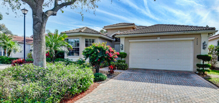The front view of one of our Valencia Reserve homes for sale in Boynton Beach, FL